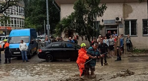В Крыму ликвидируют последствия стихийного бедствия