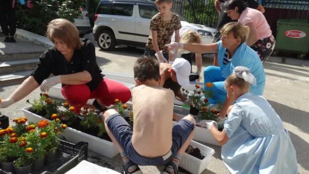 Нотариусы Севастополя навестили воспитанников детского дома