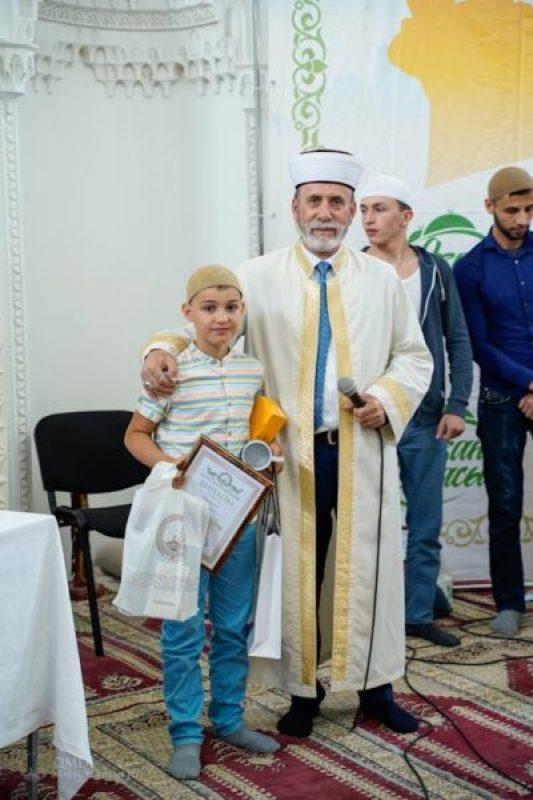 В Симферополе подвели итоги конкурс на лучшего чтеца эзана