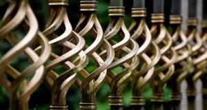 В Красногвардейском районе задержали подозреваемых, специализировавшихся на краже оградок с могил