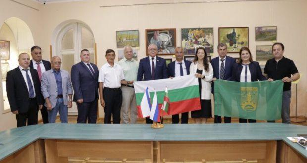 Болгарские города стали городами-побратимами с крымскими городами