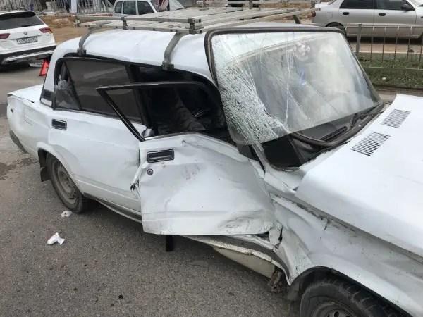 За выходные дни крымские спасатели дважды оказывали помощь в ликвидации последствий ДТП