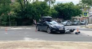 ДТП в Севастополе - пострадали несовершеннолетние водитель мопеда и его пассажир
