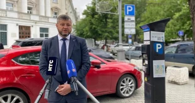 В правительстве Севастополя разъяснили нюансы работы платных парковок в центре города и в Балаклаве