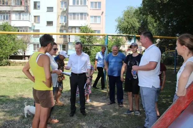 В Керчи после потопа отремонтируют 24 дворовые территории