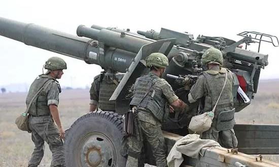 В Крыму стреляет артиллерия