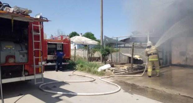 Двойной автопожар: в Багерово сгорели «ГАЗель» и «Лада»
