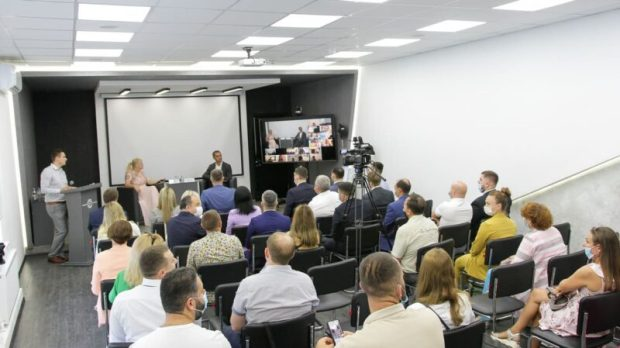 Объем поддержки малому и среднему бизнесу в Крыму превысил сумму 14 миллиардов рублей