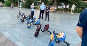 В Ялте сотрудники полиции и горадминистрации «прошлись» по набережной и обнаружили много чего «бесхозного»