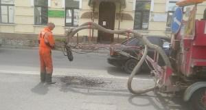 Середина июля, Симферополь, ямочный ремонт. Где ведутся дорожные работы