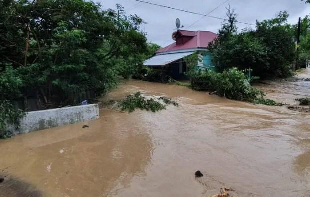 Ливень в Крыму. В Бахчисарайском районе в потоке воды погибла женщина