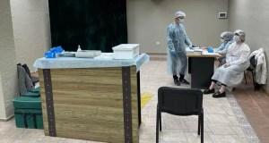 За прививку – бургер, за маску – мороженное. Какие бонусы приготовили торговые центры для крымчан