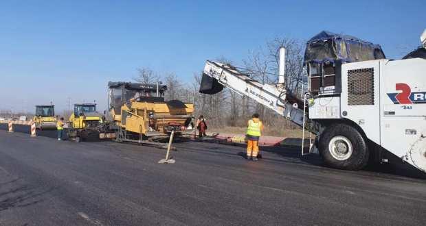 Крым еще в этом году получит 8 миллиардов рублей на ремонт дорог