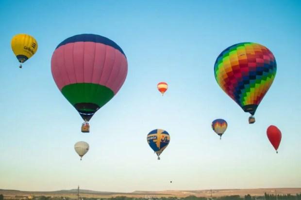 """Небо над """"Тавридой.АРТ"""" заполнят дроны, дирижабли, монгольфьеры и гигантские воздушные змеи"""