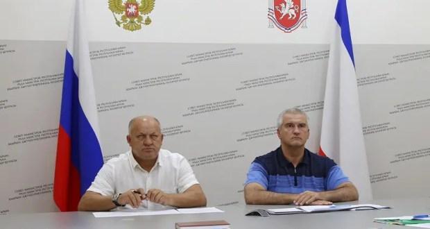 Глава Крыма и врио председателя администрации Керчи отчитались перед Президентом о борьбе со стихией