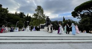 В парке Ливадийского дворца состоялся летний бал