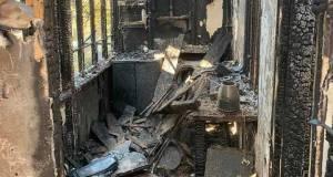 Погорельцам из Алупки требуется помощь. Пожар уничтожил все вещи семьи