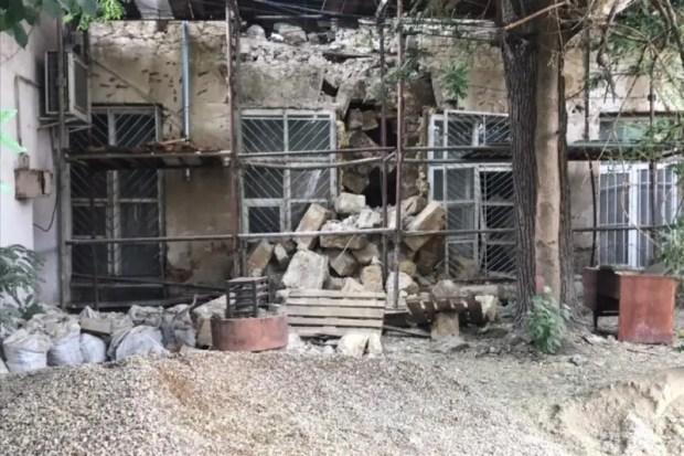 На улице Пушкина в центре Симферополя частично откроют проход возле обрушившегося здания