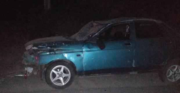 Ночное ДТП в крымском селе Красный Мак – перевернулся ВАЗ