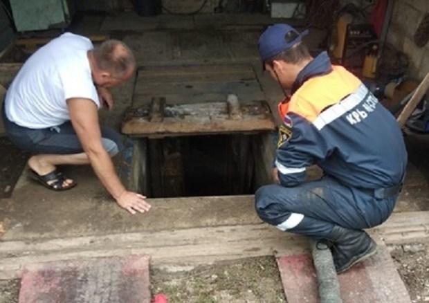 Дожди подтопили крымское село Новоотрадное. На помощь пришел «КРЫМ-СПАС»