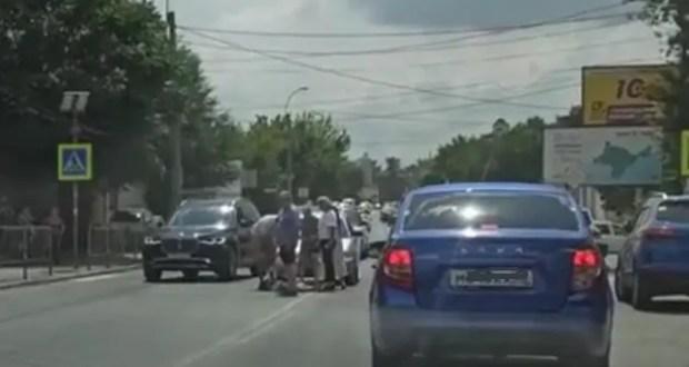 ДТП в центре Симферополя: на «зебре» сбили женщину-пешехода
