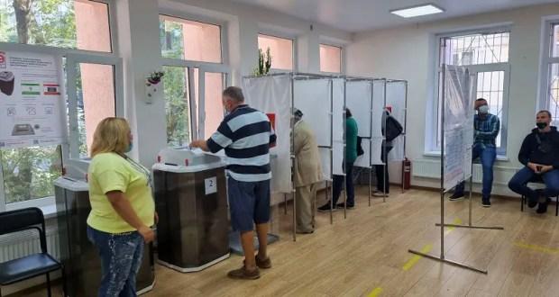 Два дня голосования в Крыму позади. Явка на выборах – чуть выше среднероссийской