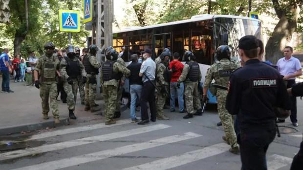 Пятеро задержанных крымских татар. Только ли пятеро и что они натворили