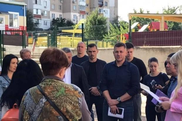 Какие проблемы и недочеты увидел глава администрации Симферополя в ходе объездов микрорайонов
