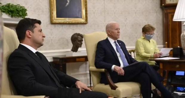 Зачем Зеленский слетал в Вашингтон. В Крыму уверены: денег просить