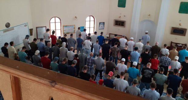 3 сентября в мечетях Крыма прошли поминальные молебны по погибшим в Беслане