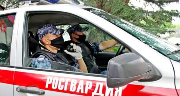 В Симферополе росгвардейцы задержали нетрезвого водителя, попытавшегося скрыться с места ДТП
