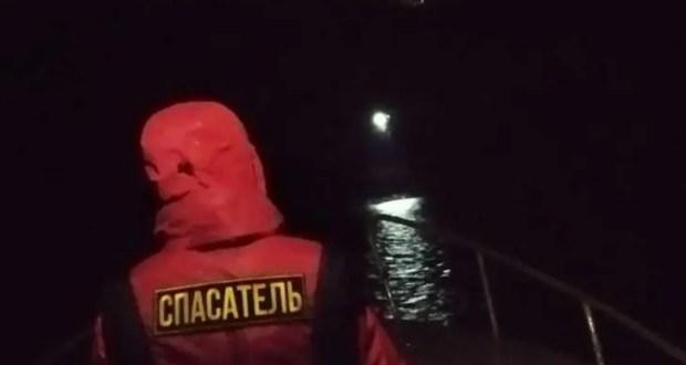 Ночью на диком пляже в Балаклавском районе спасали отдыхающую