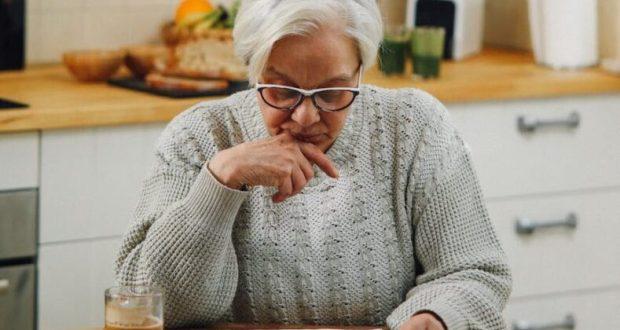 """В Керчи 30-летний мужчина """"вынес"""" из дома пенсионерки 200 тысяч рублей"""