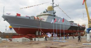 В Керчи спустили на воду новенький «Каракурт». Малый ракетный корабль получил имя «Аскольд»