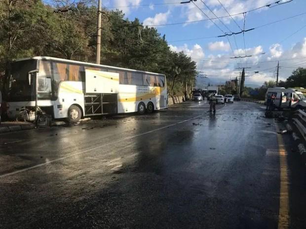 Смертельное ДТП на трассе «Симферополь – Алушта»: два человека погибли на месте