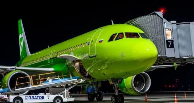 Самолет, летевший из Домодедово в Симферополь, экстренно сел в Ростове-на-Дону