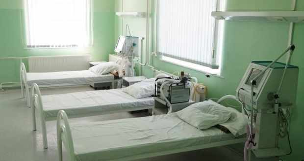 В Крыму стремительно сокращается число свободных коек в «ковидных» госпиталях