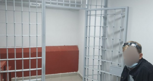 В Ялте незаконный прокат детских машинок обернулся административным арестом