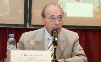 Zaffaroni lideró a un grupo multipartidario.