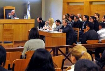 El juicio por jurados comienza a hacerse realidad.