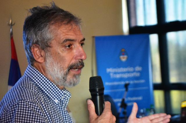 Deleersnyder es director de transporte fluvial.