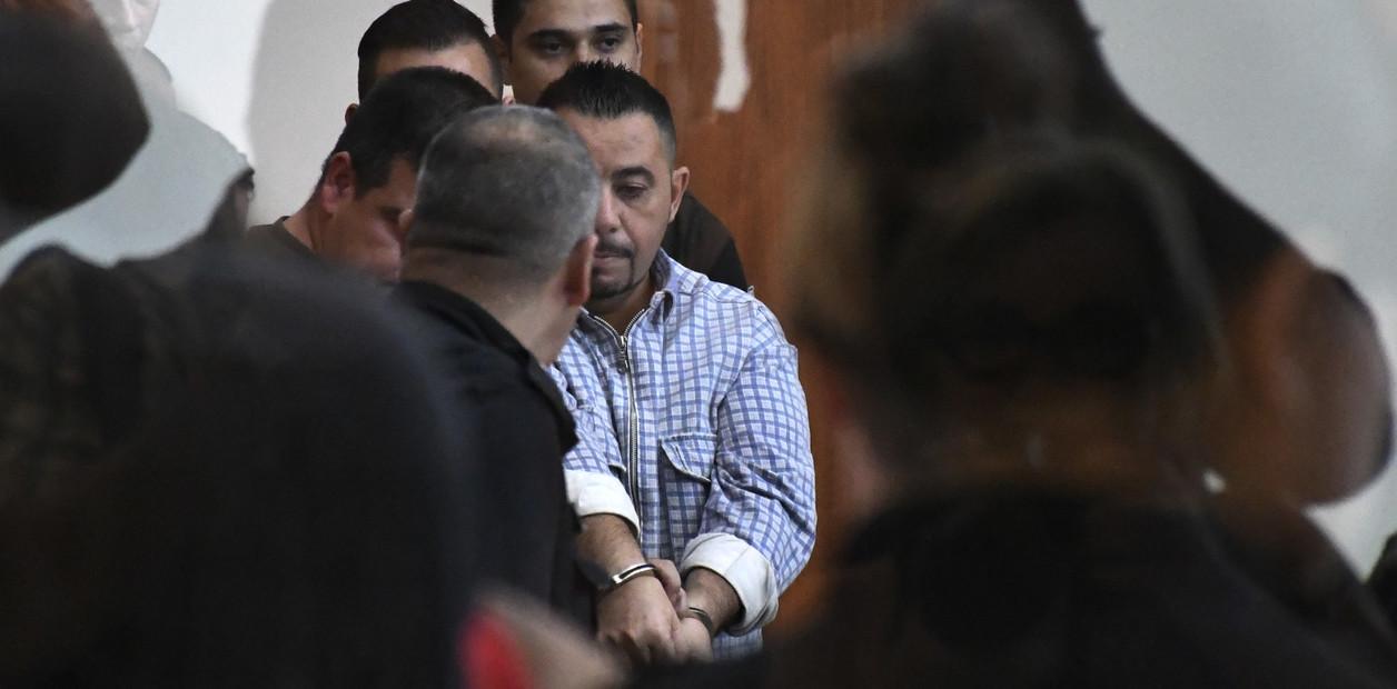 El locutor condenado en el tribunal.
