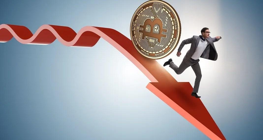 Bitcoin cai abaixo dos 5800 dólares arrastando ao criptomercado