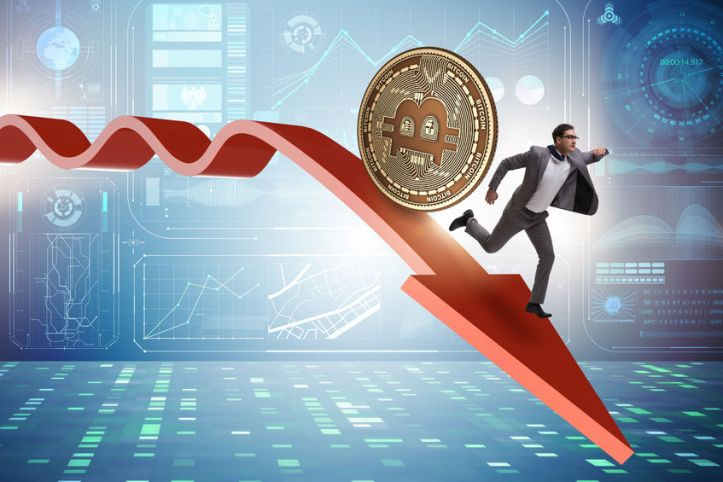93613424 - bitcoin chasing businessman in cryptocurrency price crash