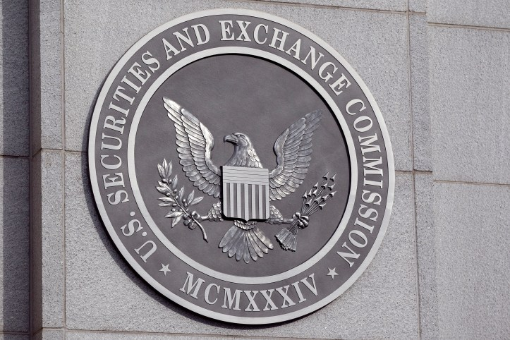 SEC Approves Systemic-Risk Reporting Rule For Hedge Fund Firms