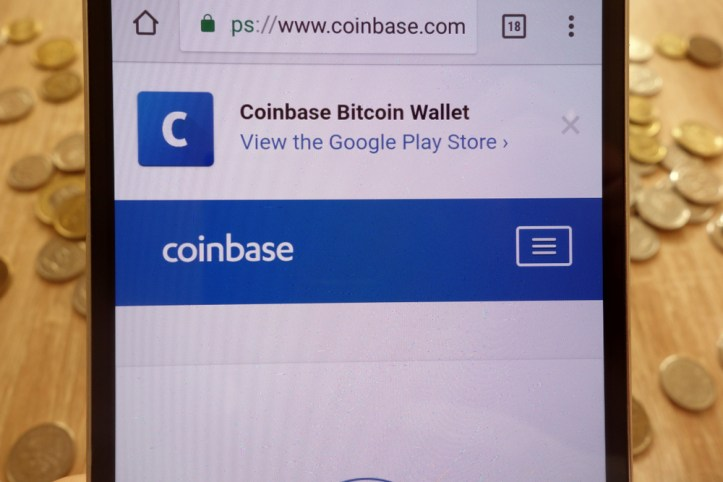 Coinbase Activación de Tokens