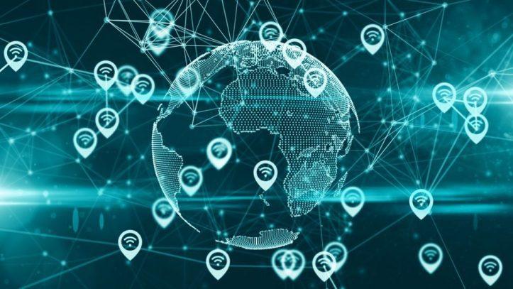 Monero procura mais privacidade com Kovri &quot;width =&quot; 723 &quot;height =&quot; 407 &quot;data-recalc-dims =&quot; 1 &quot;/&gt; </p> <p> <strong> Kovri irá proteger os usuários e o Monero de </strong>: </p> <ul> <li> Parcialmente ataques de nós </li> <li> Associações entre um determinado txid e seu endereço IP </li> <li> Mineração e / ou execução de um nó em ambientes altamente adversos </li> <li> Vazamentos de metadados (exemplo, pesquisas do OpenAlias) </li> </ul> <p> O projeto Kovri I2P Router visa integrar a tecnologia I2P no Monero para garantir que cada transação e comunicação atendam aos mais altos padrões de anonimato possíveis. </p> <p> <strong> Como Kovri irá melhorar a experiência I2P? </strong> </p> <p> A implementação Java do I2P é conhecida em todo o mundo. É a implementação original e o padrão que todas as outras implementações do Garlic Routing seguiram e continuam. Ao longo dos anos, tem havido várias queixas notáveis sobre o projeto java I2P na maioria dos casos: ele está em Java e não é fácil de usar. </p> <p> A Kovri visa resolver esses problemas implementando totalmente o I2P em C ++ e, além de fornecer documentação abrangente e fácil de entender, implementando interfaces fáceis de usar. </p> <p> Embora seja muito cedo para analisar os detalhes da integração da GUI, a Kovri terá uma interface amigável integrada à GUI do Monero, além de ser um roteador I2P independente (portanto, o Monero não precisa usá-la). Isso será útil tanto para o I2P quanto para o Monero, pois aumentará a ofuscação das transações do XMR e fortalecerá a rede do I2P. </p> <p> <strong> Como Kovri aumentará o valor de mercado do Monero? </strong> </p> <p> É simples: mais usuários, mais confiança, mais valor. </p> <p> A tecnologia Kovri + RingCT garante a confiança em todas as transações; garantindo que eles permaneçam privados e anônimos. Ao integrar o Kovri por padrão, cada usuário se beneficiará de uma camada adicional de anonimato do I2P. </p> <p> O estado atual de 