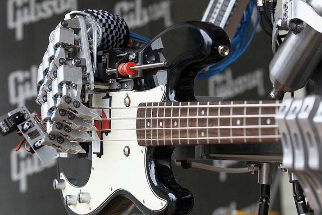 Gibson Presents Min-ETune At Frankfurt Music Fair