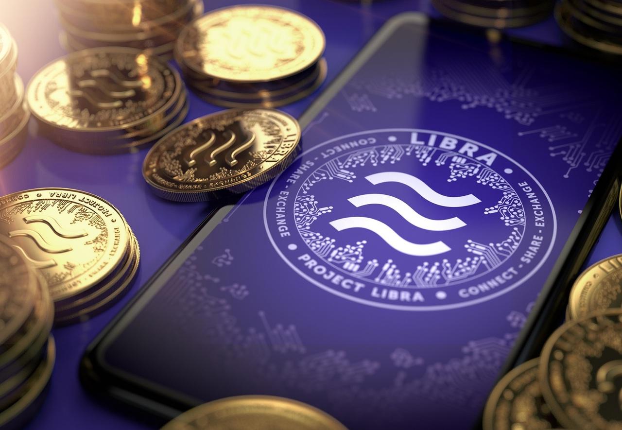 Trump critica Libra y el bitcoin y dice que deben estar reguladas