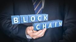 R3 firma alianza para uso de su Blockchain
